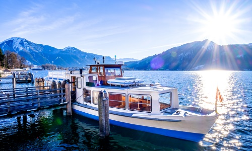 famous tegernsee lake in bavaria - germany_1044744922.jpg